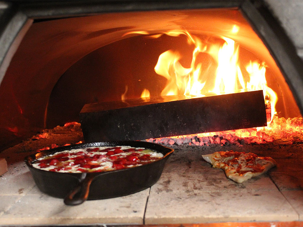 what can you cook in pizza oven