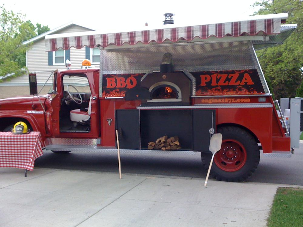 Food truck pizza oven Engine 1871