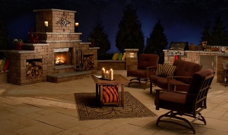 Outdoor Living Kits with a Fireplace and Firepit
