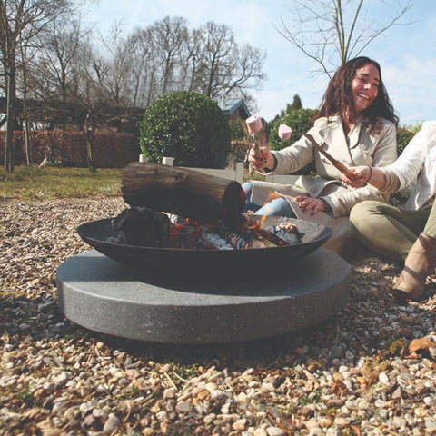 Esschert Design Fire Bowl/Cast & Round Granito Base