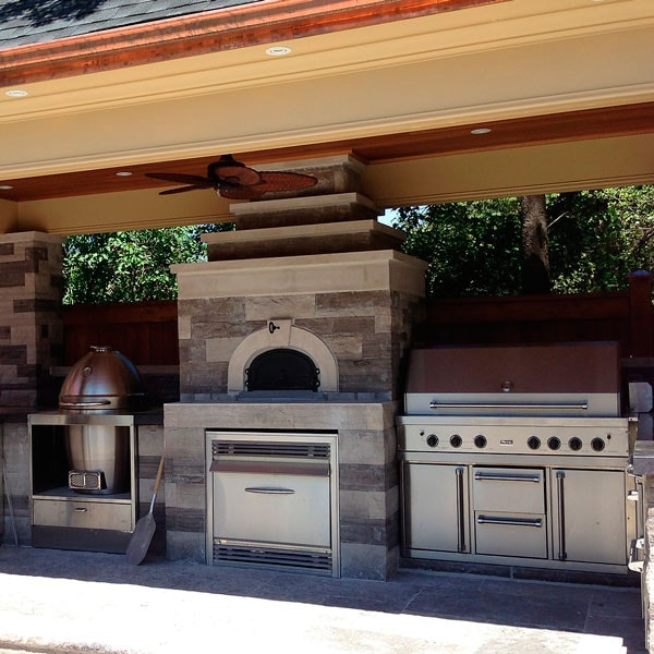 Great Outdoor Kitchen Complete With Pizza Oven: CBO-1000 Wood Burning Pizza Oven Kit