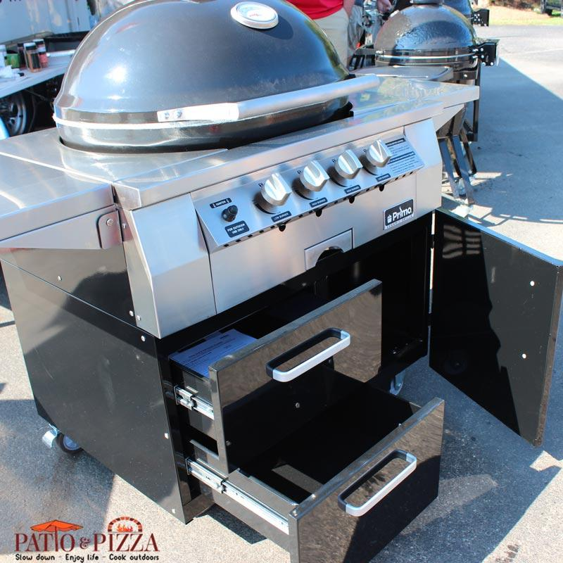 Primo Oval G420C Ceramic Gas Grill on Cart