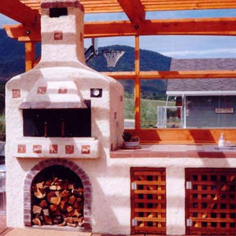 Outdoor custom pizza oven built from Earthstone Ovens Modular DIY Kit