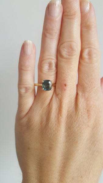 2CT NATURAL GREEN SAPPHIRE SOLITAIRE RING