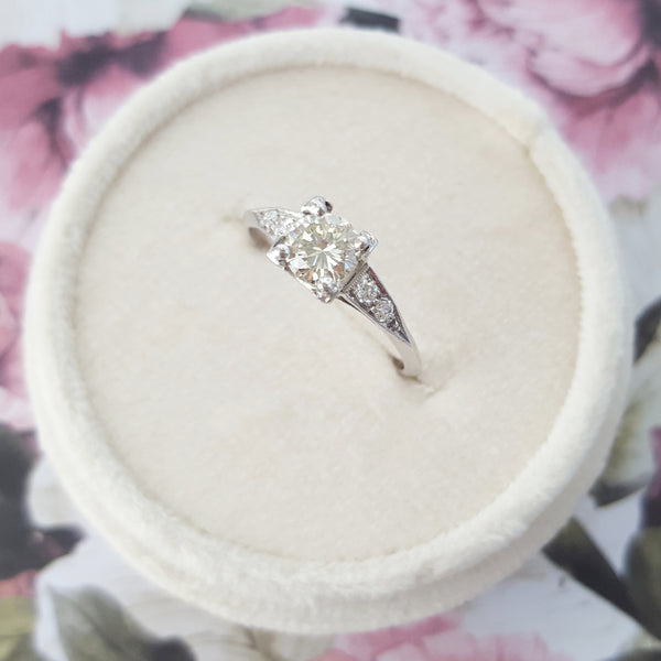 1930's Platinum and diamond solitaire ring