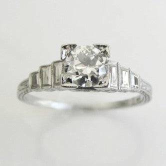 Antique Art Deco 18K white gold solitaire ring