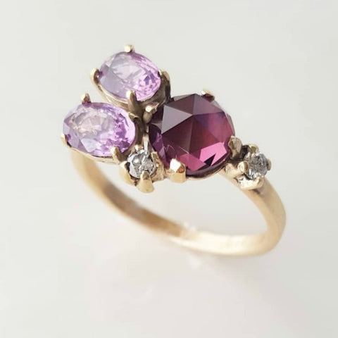 SEMI PRECIOUS GEMSTONE CLUSTER RING