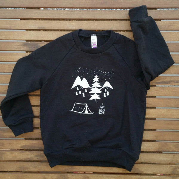 Under the Stars kids' raglan fleece sweatshirt