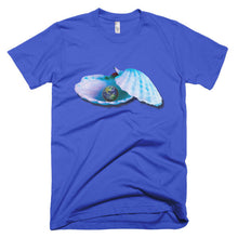 The World is Your Oyster Short sleeve t-shirt