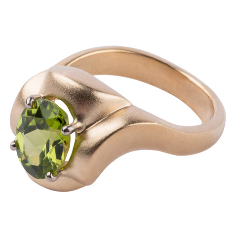 Gordon Aatlo Legacy Collection: Solitaire Peridot Ring - Aatlo Jewelry Gallery