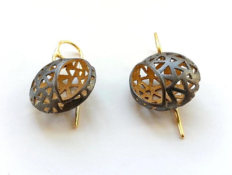 Glimpse 18k Yellow Gold Plated And Black Enameled Glimpse Drop Earring - Aatlo Jewelry Gallery