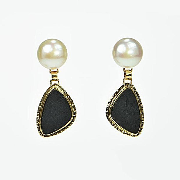 Michael Baksa 14k Yellow Gold Black Jade and Freshwater Pearl Drop Earrings - Aatlo Jewelry Gallery