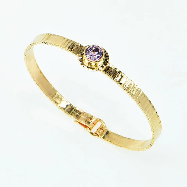 Michael Baksa 14k Yellow Gold Ceylon Lavender Spinel  Forged Bangle Bracelet - Aatlo Jewelry Gallery