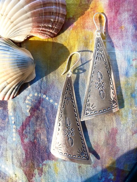 hill tribe silver earthess earrings