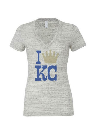 Womans V-Neck I Crown KC - HuddyWear