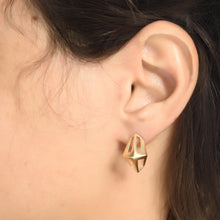 Knight Earrings Plated With 14K Gold