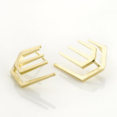 Pin Rock Earrings Plated With 14K Gold