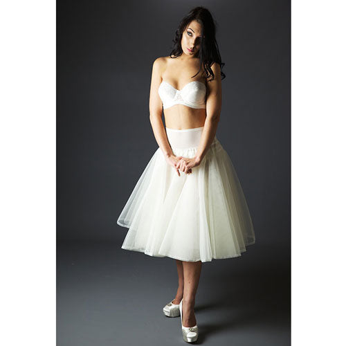 Jupon 127 style Petticoat is the perfect solution for the short length of 1950's vintage dress