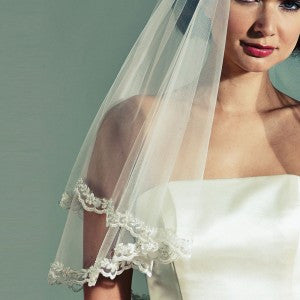 'Castello' Vintage Inspired Beaded Edge Veil
