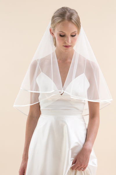 Rainbow Club's Jessamy II is a beautiful bridal veil ideal for classic brides for Pink Daisy Bridal
