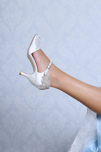 Jessie ivory t-bar bridal sandal by the perfect bridal company for Pink Daisy Bridal
