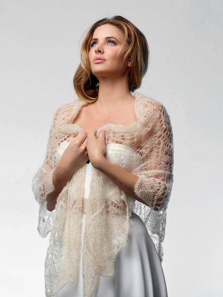 A stunning Poirier bridal stole in gold, the S165 is made from mohair making it a very comfortable