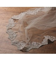 'Santa Ana' Beaded Lace Veil