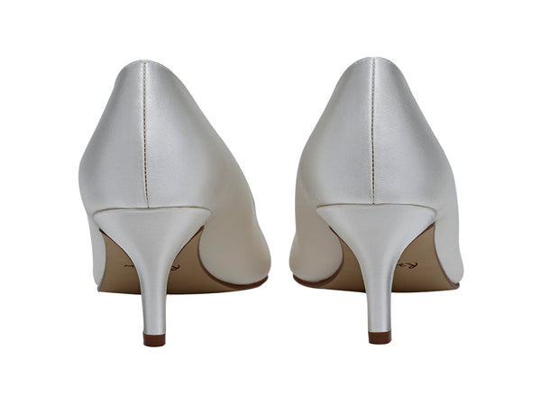 Elizabeth sweetheart throat court shoe by Rainbow Club for Pink Daisy Bridal