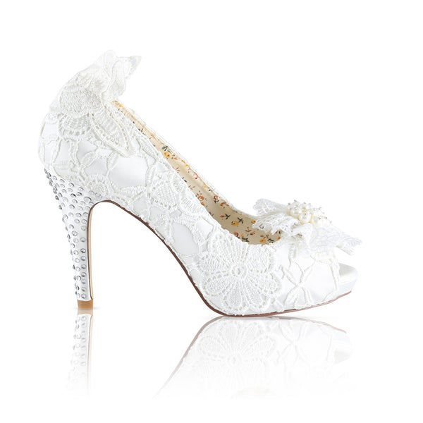 Flo vintage inspired lace shoe by the perfect bridal company for Pink Daisy Bridal