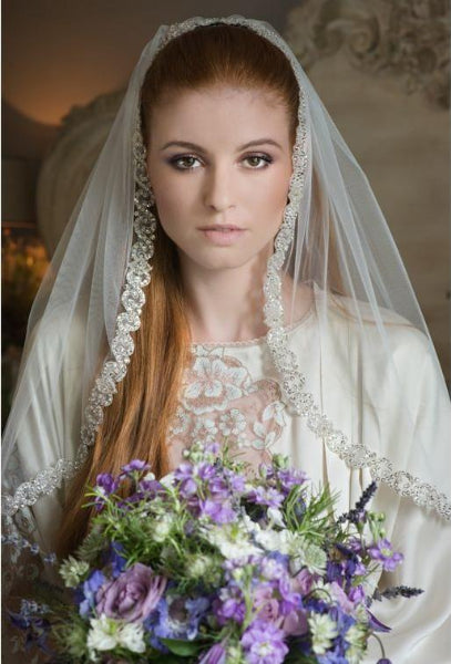 Feel like a princess with the drop dead gorgeous Harmony veil from Rainbow Club.