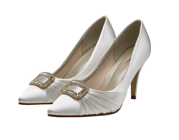 Samantha is an elegant court shoe, lined with Rainbow Club's comfortable bliss lining 9cm heel