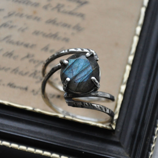 Handmade Labradorite and Sterling silver Ring - UK Size O (US Size 7)