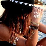 Metallic Body Tattoos - Sieben Armreife