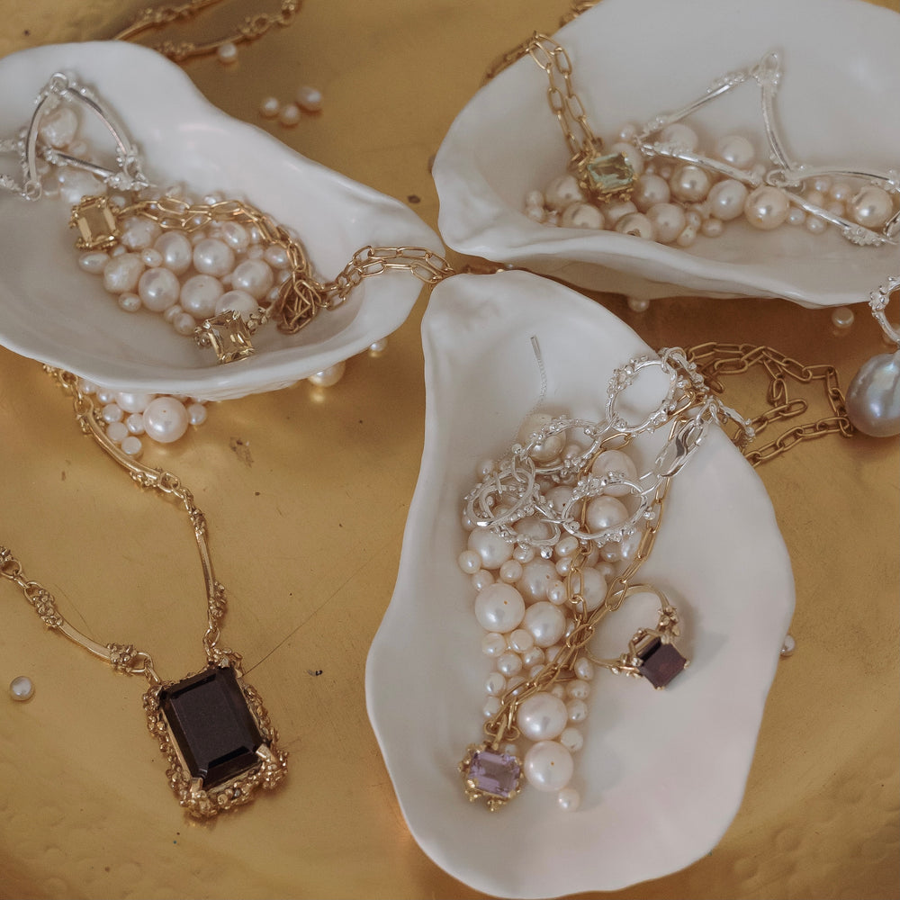 Load image into Gallery viewer, Large Gold Elle Necklace