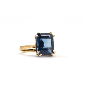 London Statement Cocktail Ring. Gold Blue Topaz
