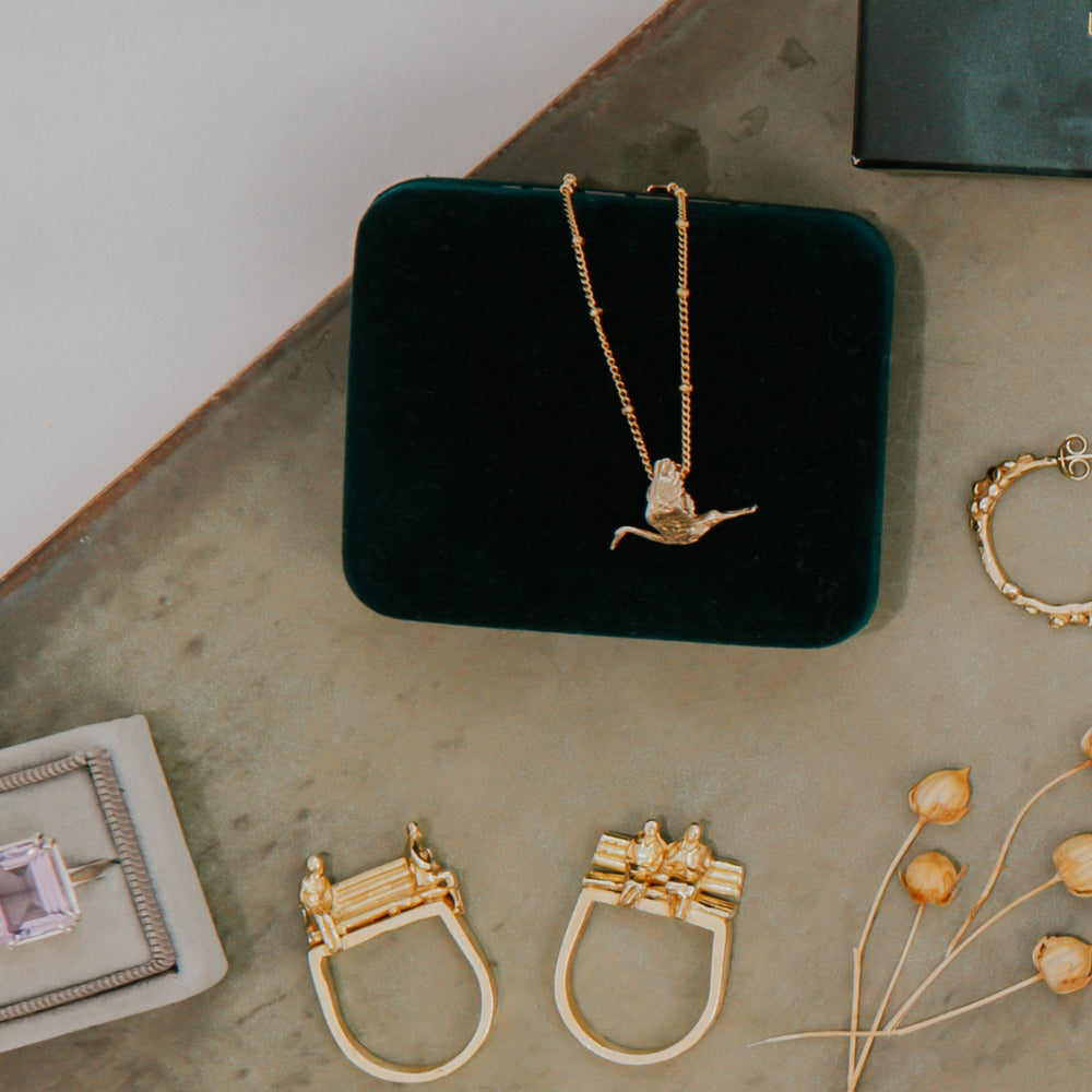 Load image into Gallery viewer, Solid Gold 'Stork' Necklace