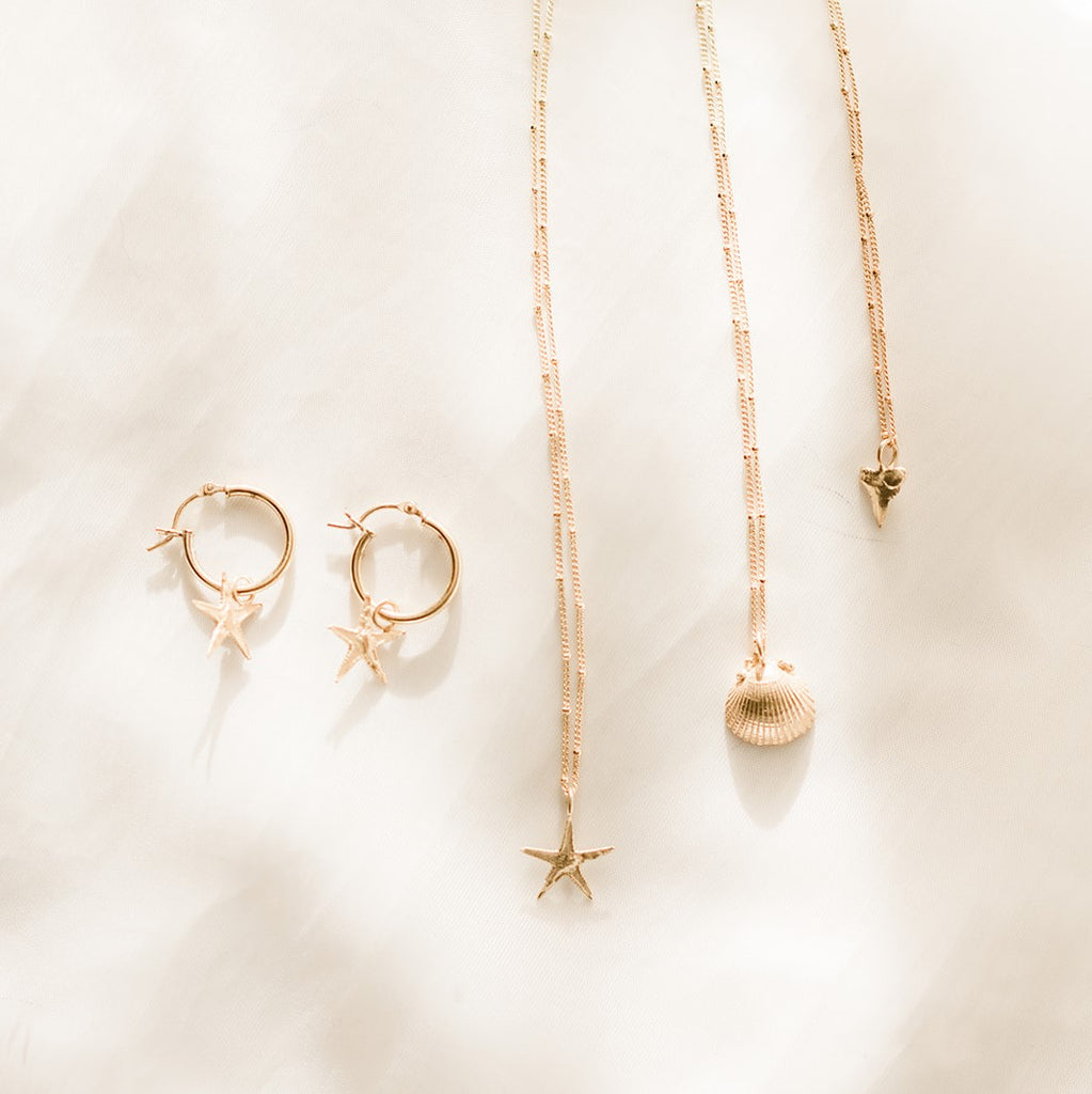 18ct Gold Starfish Necklace