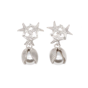 Queen Naida Earrings