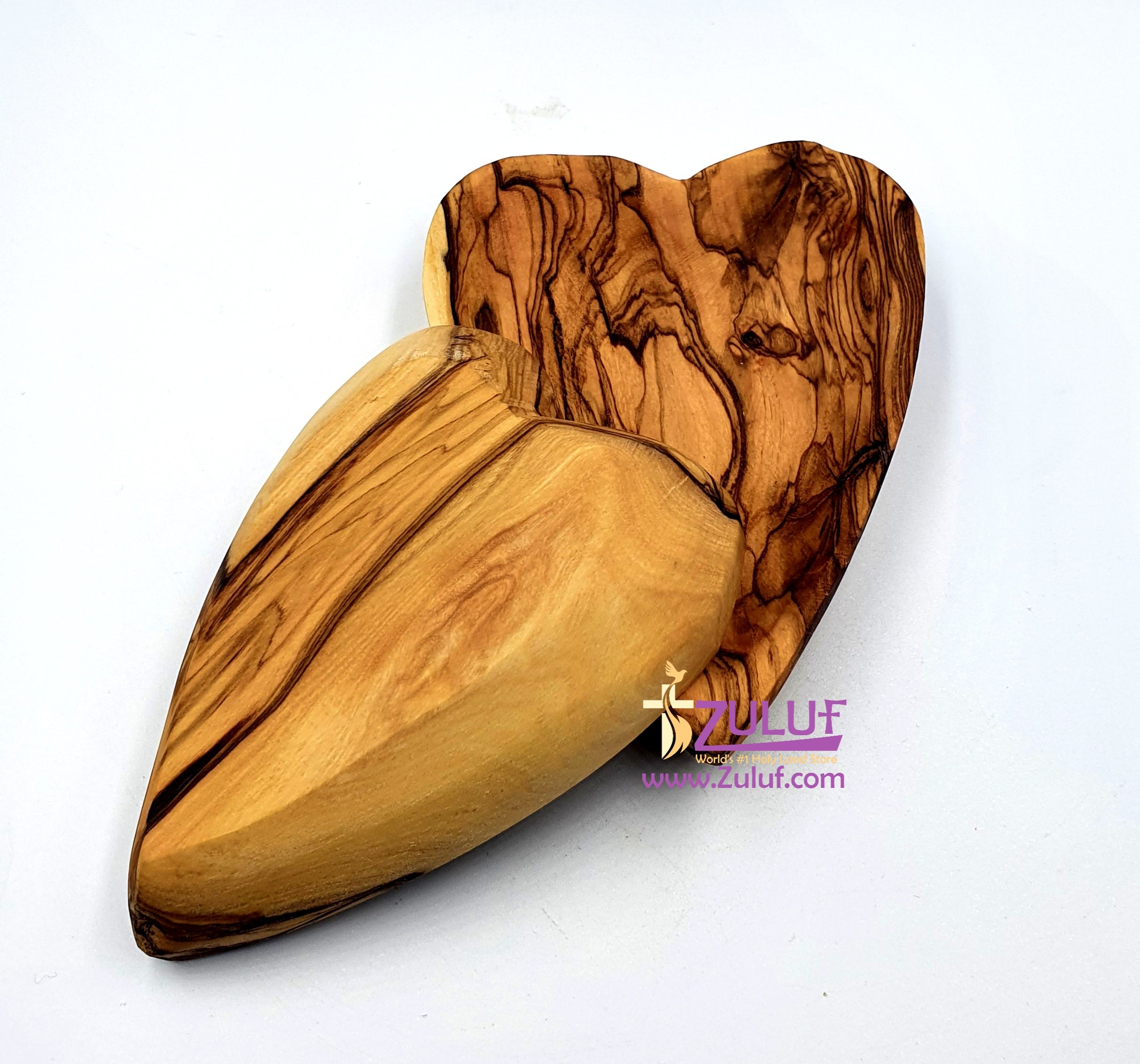 A set of 2 small bowls in the shape of hearts  from olive wood KIT025