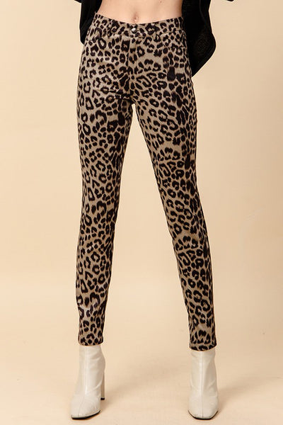 sexy a$$ leopard print skinny pants