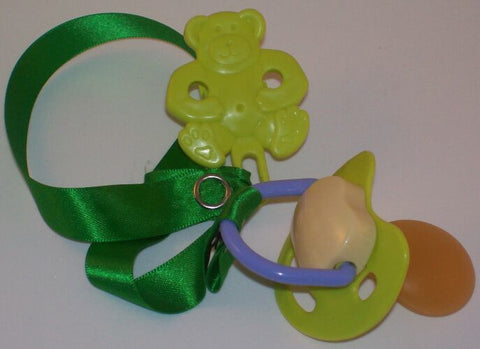 "<div style=""display: none;"">8468</div> green &-cream dummy Pacifier & green Teddy bear Clip"