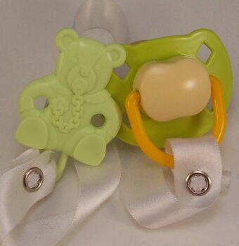"<div style=""display: none;"">8470</div> green &-cream dummy Pacifier & green Teddy bear Clip"