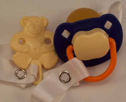 "<div style=""display: none;"">8492</div> Dark blue & Cream Dummy Pacifier & Cream Teddy Bear Clip"