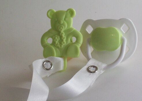 "<div style=""display: none;"">8502</div> white & green dummy Pacifier &  green Teddy bear Clip"
