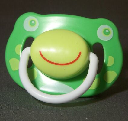 "<div style=""display: none;"">8678</div> Green frog face pacifier"