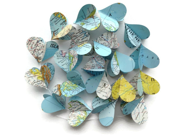 Nat Geo Paper Heart Garland - Wholesale - Case Pack of 10