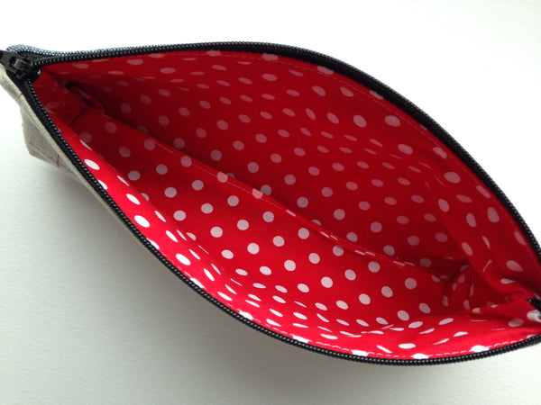 Zipper Pouch Toiletry Bag - Pads - Cosmetics Bag - Maxi Pad Carrier - Pencil Case - Makeup Case - Pad Holder