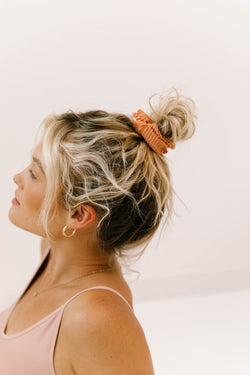 Wild Side Coral Scrunchie - Luca + Grae