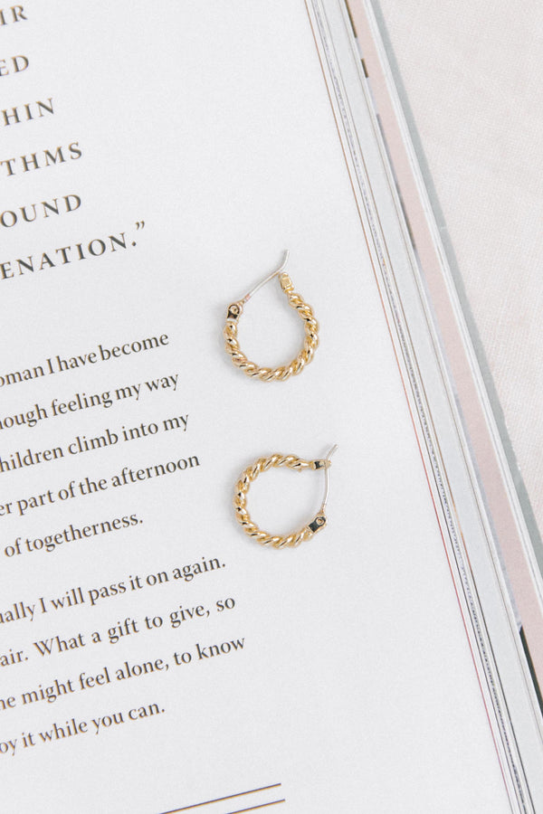Nova Twist Hoop Earrings - Luca + Grae