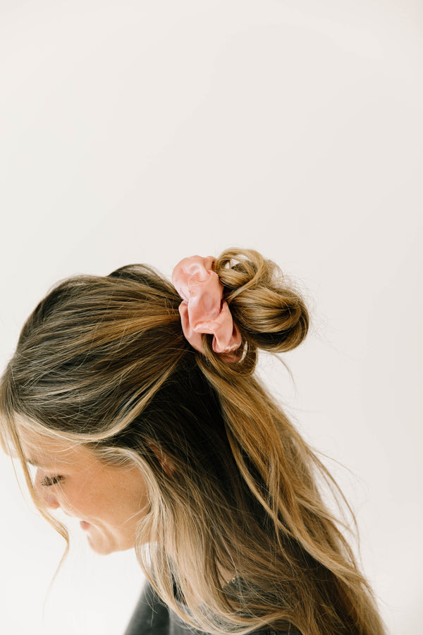 *Model Watch Blush Scrunchie - Luca + Grae